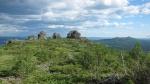 Останцы на плато Среднего Басега. Фото Н.Зенковой